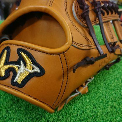 84 大特価 ワールドペガサス硬式 内野手モデル