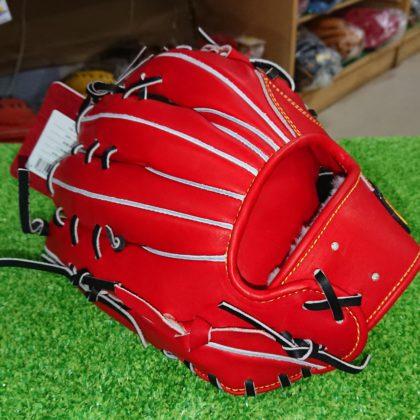 144 トレジャー硬式 内野手モデル
