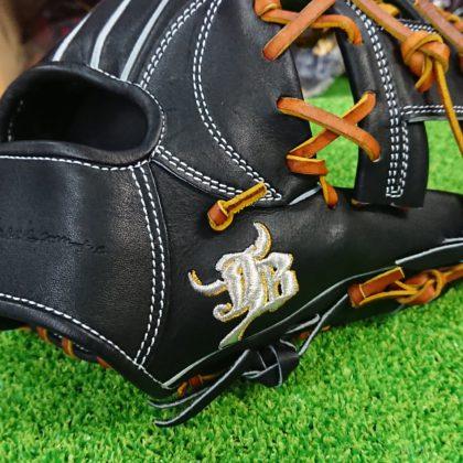 114 和牛JB 硬式内野手モデル