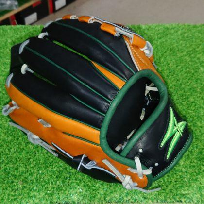 168 SAEKI限定   内野手モデル
