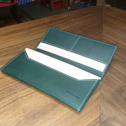 306 玉澤 限定 グローブ革で作った長財布
