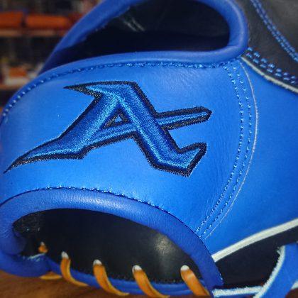 337 ATOMS 限定 内野手モデル