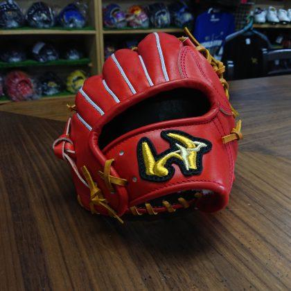 379 ワールドペガサス 硬式内野手モデル